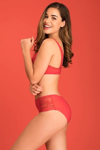 Back listing image for Lightly Padded Non-Wired Bridal Bra in Red with Hipster Panty - Lace