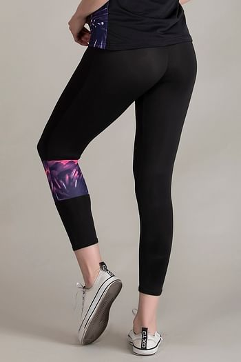 Back listing image for Gym/Sports Activewear Printed Capri in Purple & Black