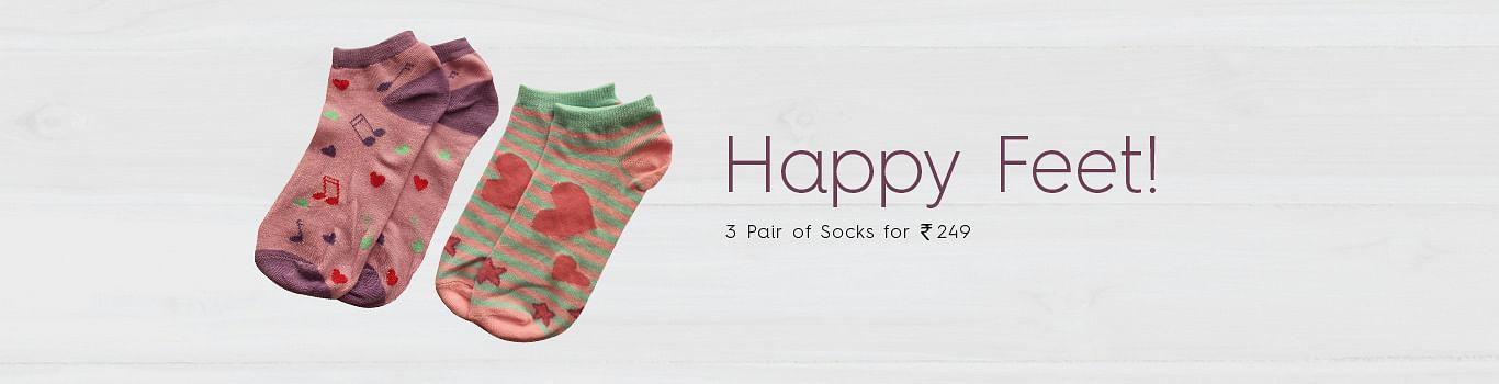 Buy women socks online at Clovia